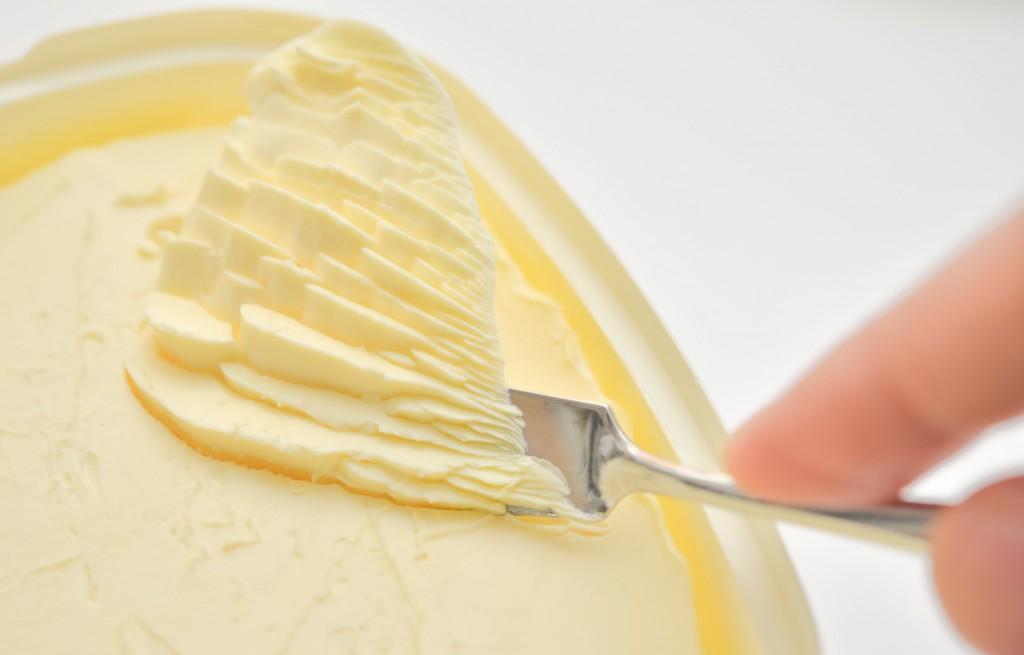 マーガリンよりバター?トランス